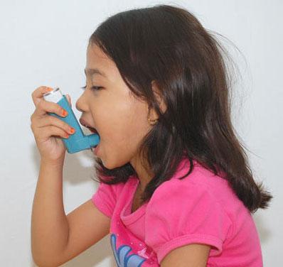 Kháng sinh tăng nguy cơ hen suyễn ở trẻ