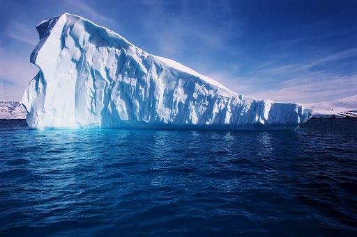 Vùng nước sâu nhất thế giới biến mất bí ẩn
