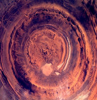 Vùng đá tròn bí hiểm ở châu Phi