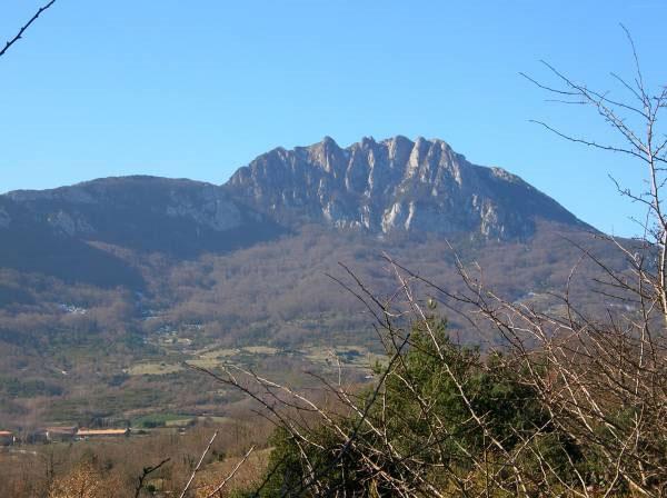 Núi người ngoài hành tinh ở Pháp
