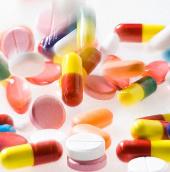 Uống canxi liều cao tăng 20% nguy cơ bệnh tim