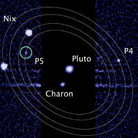 Vulcan dẫn đầu bình chọn tên mặt trăng Pluto