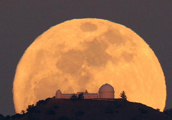 Ảo giác Mặt trăng là một trong những bí ẩn cổ đại chưa có lời giải.