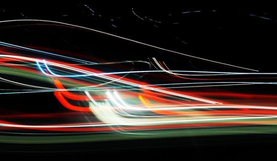 Con người có thể di chuyển nhanh hơn tốc độ ánh sáng?