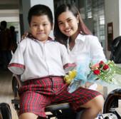 Nữ sinh Việt sáng chế xe lăn cho người khuyết tật