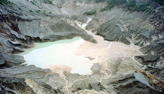 Núi lửa Tangkuban Perahu