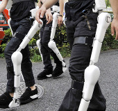 Bộ đồ robot có chứng nhận an toàn toàn cầu