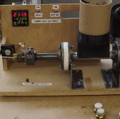 """Video: Cách thức hoạt động của máy đùn sợi """"Lyman Filament Extruder II"""