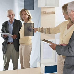 Wonderwall - trợ thủ đắc lực cho người già