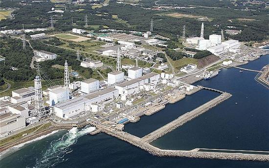 Toàn cảnh Nhà máy ĐHN Fukushima bên bờ biển  phía đông bắc nước Nhật.