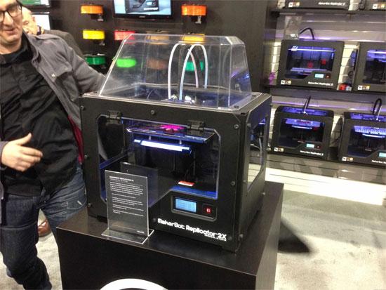 """Máy in 3D MakerBot """"hớp hồn"""" khách tham quan CeBIT"""