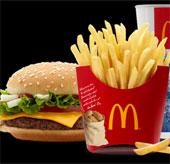 McDonald thử nghiệm bàn sạc không dây tại nhà hàng