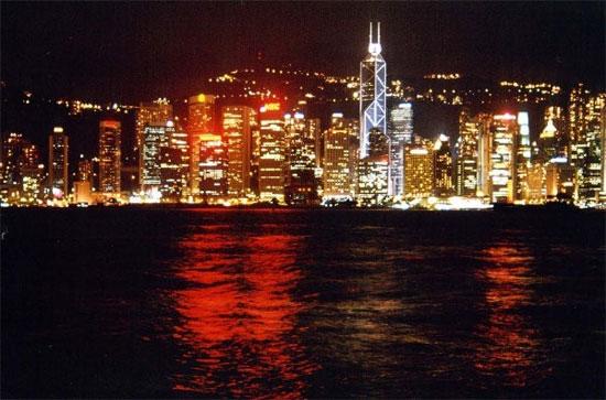 Hồng Kông là thành phố ô nhiễm ánh sáng nhất thế giới