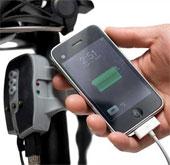 Sạc pin hàng độc của iPhone là... chiếc xe đạp