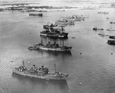 Các tàu mục tiêu và tàu hỗ trợ trong chiến dịch Ngã tư xuất hiện trại Trân Châu Cảng hôm 27/2/1946.
