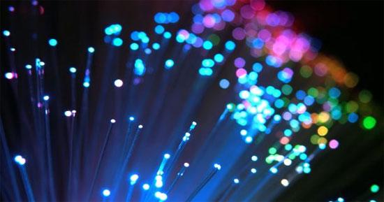 Cáp quang nhanh bằng tốc độ ánh sáng