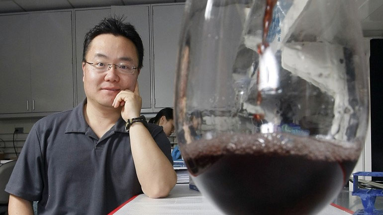 Rượu vang đỏ: Thần dược chống béo phì!