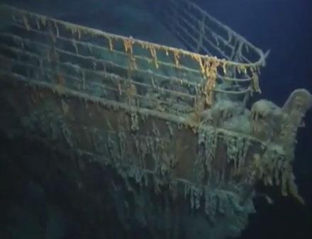 Video: Xác tàu Titanic dưới đáy biển