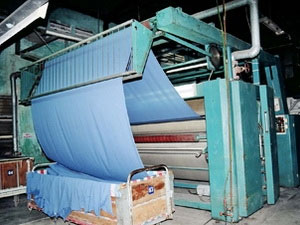 Xử lý nước thải dệt nhuộm bằng than cácbon hóa