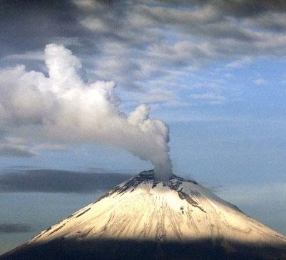 Núi lửa Popocatepetl ở Mexico sắp phun trào