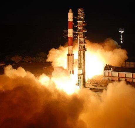 Ấn Độ phóng thành công vệ tinh RISAT-1