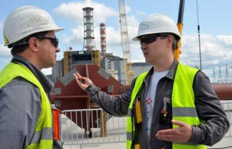 Đắp mồ mới cho nhà máy điện Chernobyl