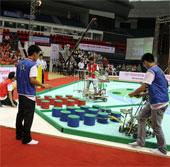 Hơn 180 đội tuyển sinh viên tranh tài Robocon 2013