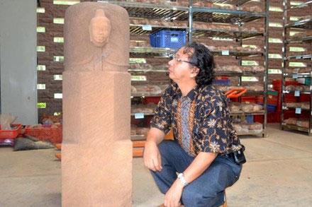 Đây là linga độc đáo nhất tại Đông Nam Á, tiến sỹ Ngô Đăng Doanh nhận xét.