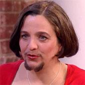 Video: Người phụ nữ mọc râu như đàn ông