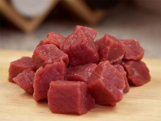 Chất cacnitin trong thịt đỏ là nguyên nhân làm tăng nguy cơ mắc bệnh tim mạch.