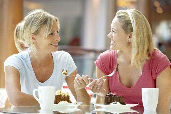 Ăn trưa bên ngoài công ty là cách để người lao động cảm thấy  phấn chấn hơn khi trở lại với công việc.