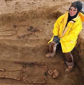 Pháp tiến hành khai quật nghĩa trang từ Thời Đồ sắt