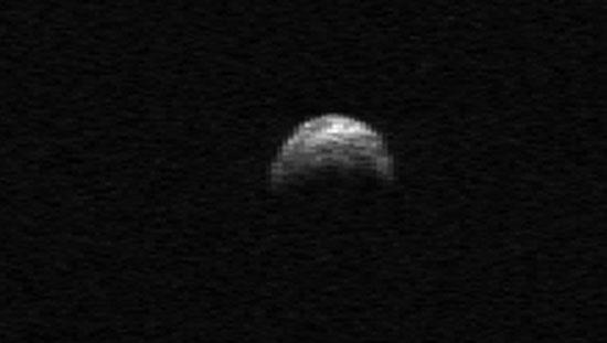 Tiểu hành tinh lớn bay qua Trái Đất vào mùa Thu