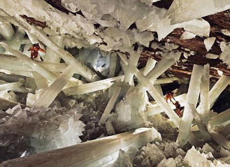 Sơn Đoòng được chọn là hang động đẹp nhất thế giới