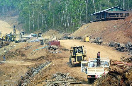 Lào vẫn xây đường tới dự án Xayaburi