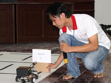 Robot Việt ngày càng thông minh