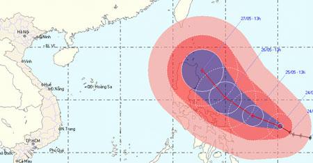 Biển Đông có bão lớn, lốc xoáy đe dọa vùng biển Việt Nam