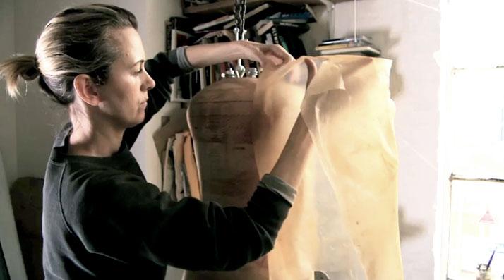 Quần áo làm từ vi khuẩn