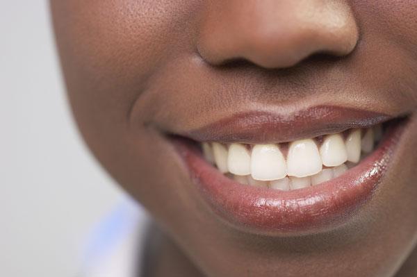 Nhật Bản tái sinh thành công nướu răng từ mỡ bụng