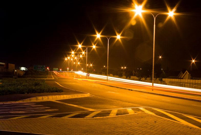 Ánh sáng của đèn đường phá vỡ cân bằng sinh thái