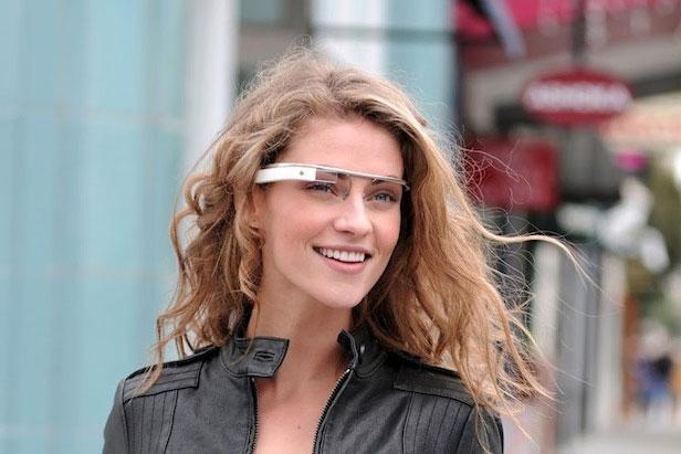 Google đăng ký bằng sáng chế dự án kính thông minh