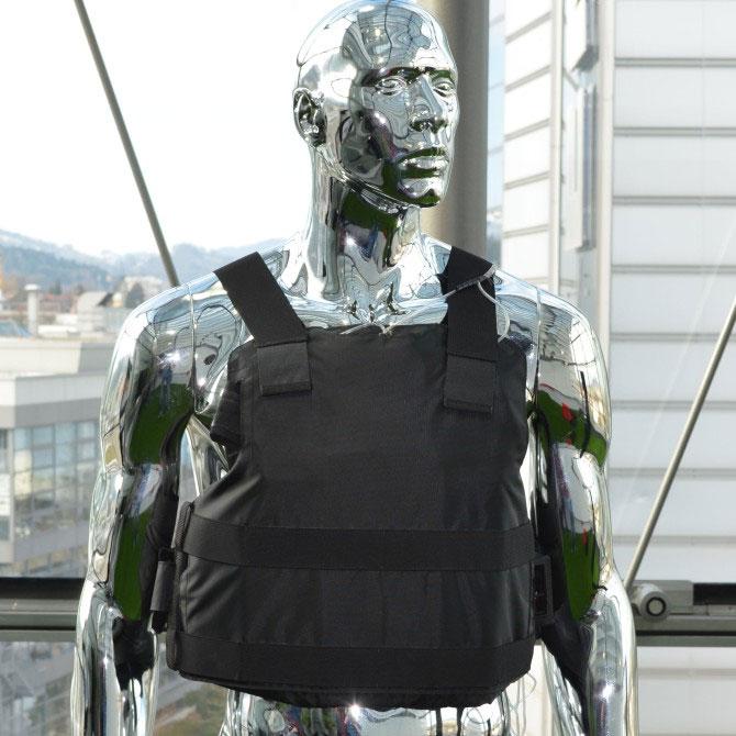 """Áo chống đạn kiêm """"máy lạnh"""" được đưa vào thử nghiệm"""