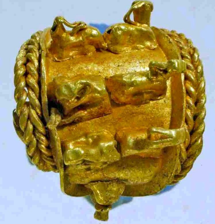 Bộ trang sức cổ bằng vàng bạc nghìn năm tuổi
