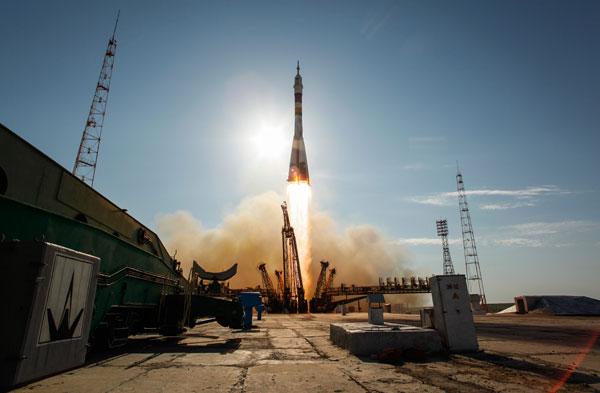 Kazakhstan ngăn cản Nga phóng vệ tinh