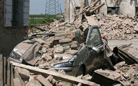Video: Italy tan hoang sau động đất