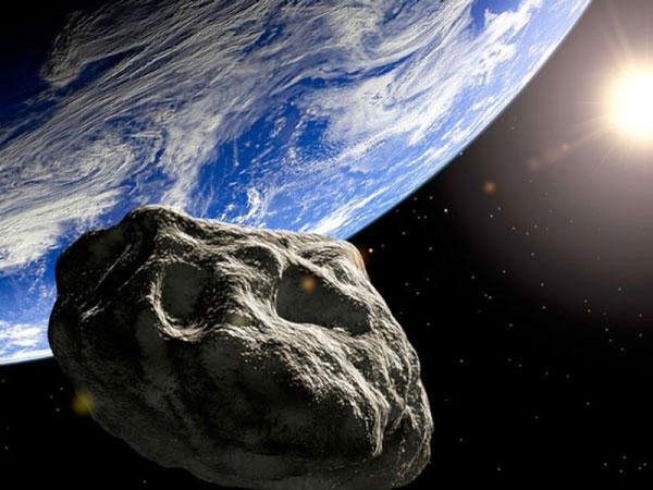 Hai thiên thạch vừa bay sát Trái đất