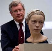 Video: Phục dựng mặt của cô gái bị đồng loại ăn thịt