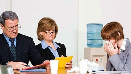 Những người bị ốm nặng vẫn đi làm cũng khiến các đồng nghiệp khó chịu.