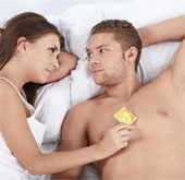"""Mỹ cảnh báo """"siêu vi khuẩn tình dục"""" mới nguy hiểm hơn AIDS"""