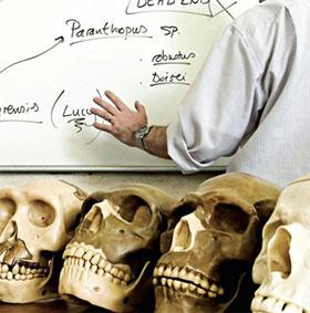 Tiết lộ gây sốc mới về tổ tiên con người